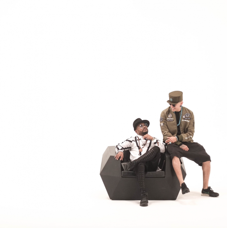 Taboo and Apl.De.Ap1.png
